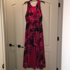Pink floral high low flowing dress in euc